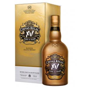 Aged Selectively Finished In Cognac Casks XV Gold Chivas Regal Ans 15 Years