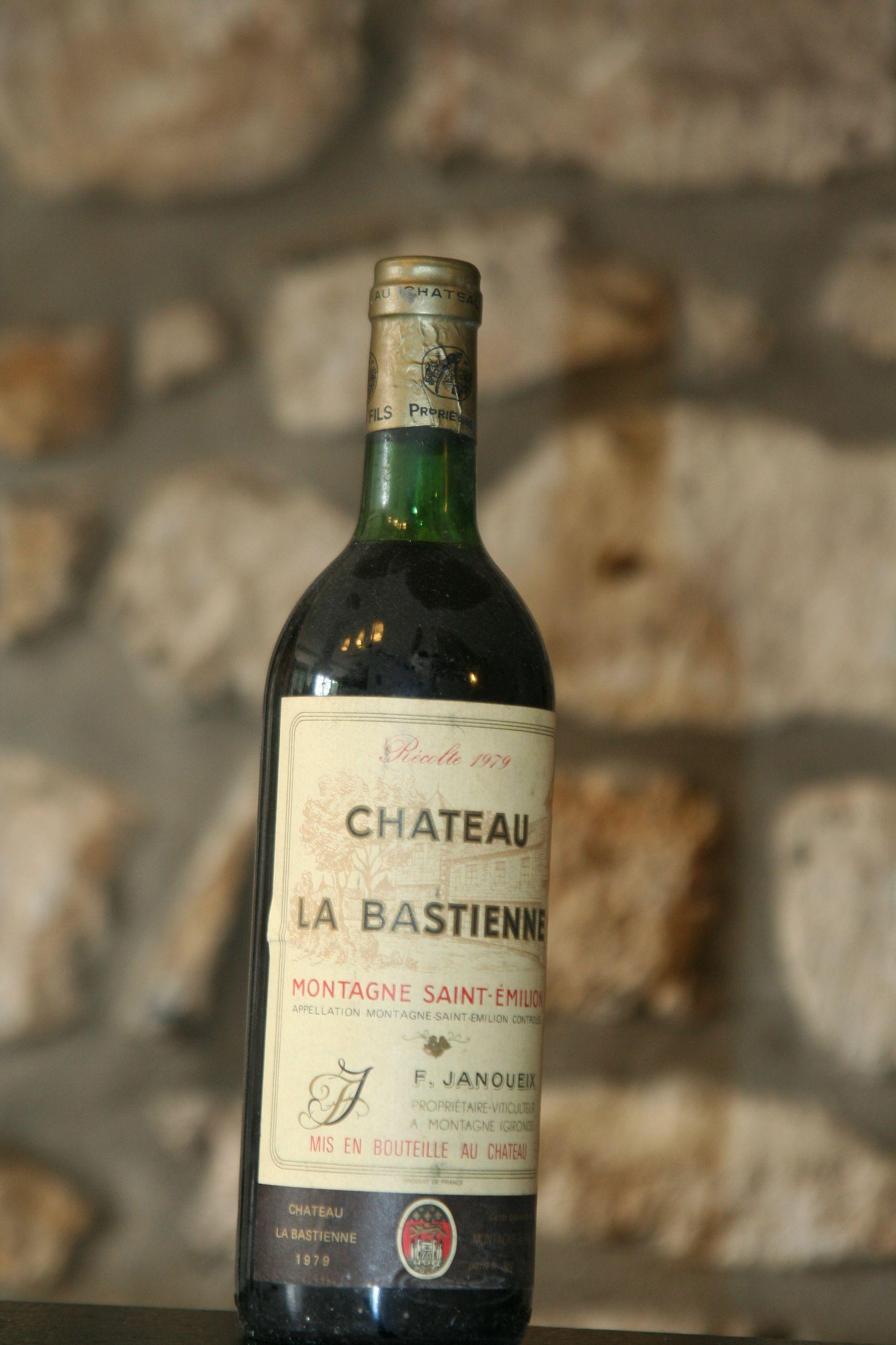 Buy chateau la bastienne 1979 at uvinum for Buy chateaubriand