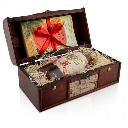 Pirate's Grog 5 Years Rum 70cl Wooden Gift Chest